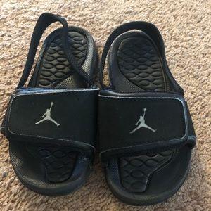 f94200854adf Toddler Jordan slides size 9c